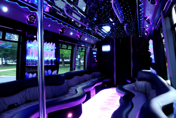 22 person party bus Tulsa