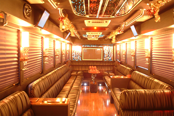 50 people party bus Tulsa Interior